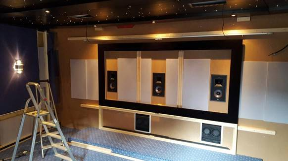 starlight cinema einmal heimkino immer heimkino. Black Bedroom Furniture Sets. Home Design Ideas