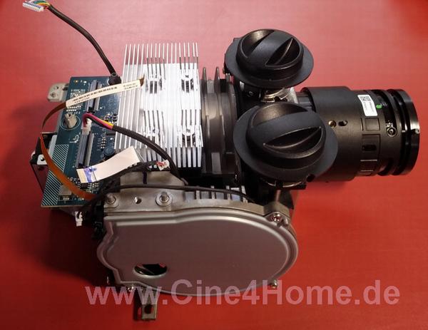 BenQ-W5700_Epson-TW9400_10