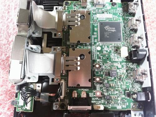 BenQ-W5700_Epson-TW9400_29